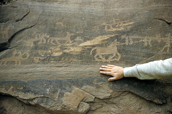 Late period rock art showing horses, Arizona.