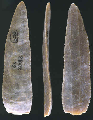Utilized blade from Solvieux site, France.